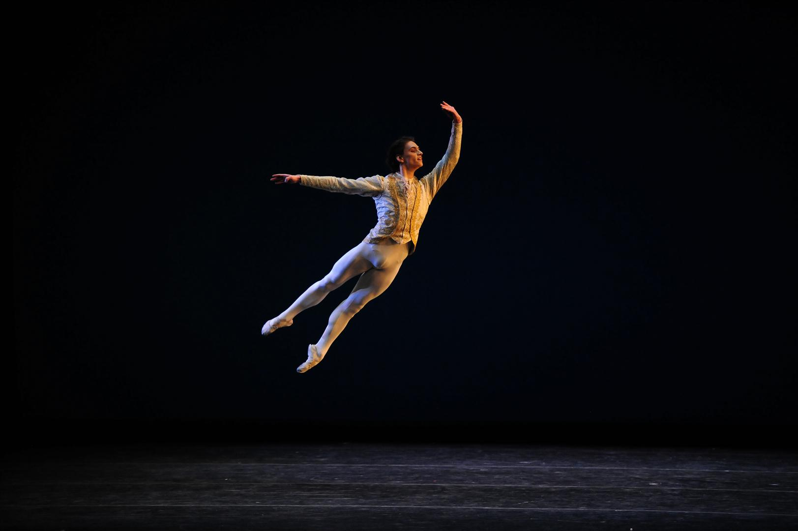 YAGP-Alum-Sergei-Polunin-returned-in-2010-as-a-guest-artist-in-Sleeping-Beauty-Photo_-Siggul_VAM